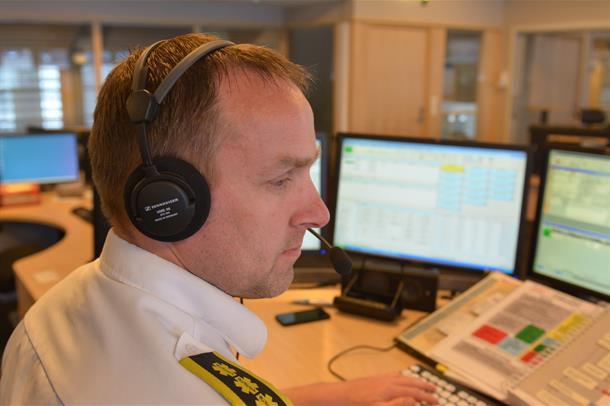 Operatør på AMK-sentralen i Drammen