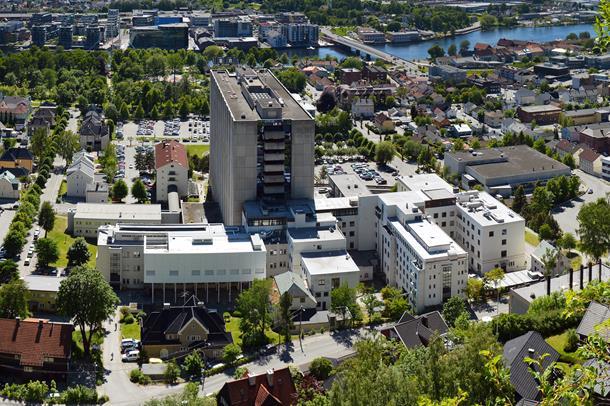 Øvelse pågår på Drammen sykehus torsdag 7. november.