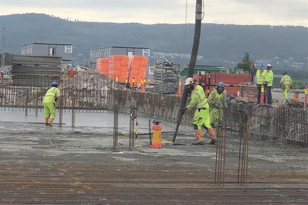 Støping av gulv for Nytt sykehus i Drammen.